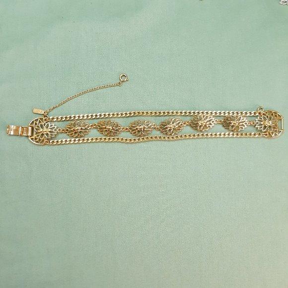 Vintage Monet Gold Plated Flower Bracelet